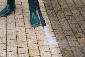 High Pressure Cleaning The best 2200 PSI pressure washer review and buyers guide