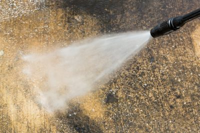 The best 2700 PSI pressure washers - our top 8 picks and our buying guide