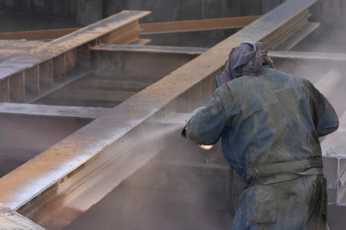 Safety During Handling while pressure washer sand blasting