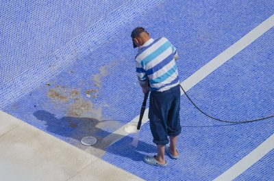 How to Use the Pressure Washer to Clean the Pool